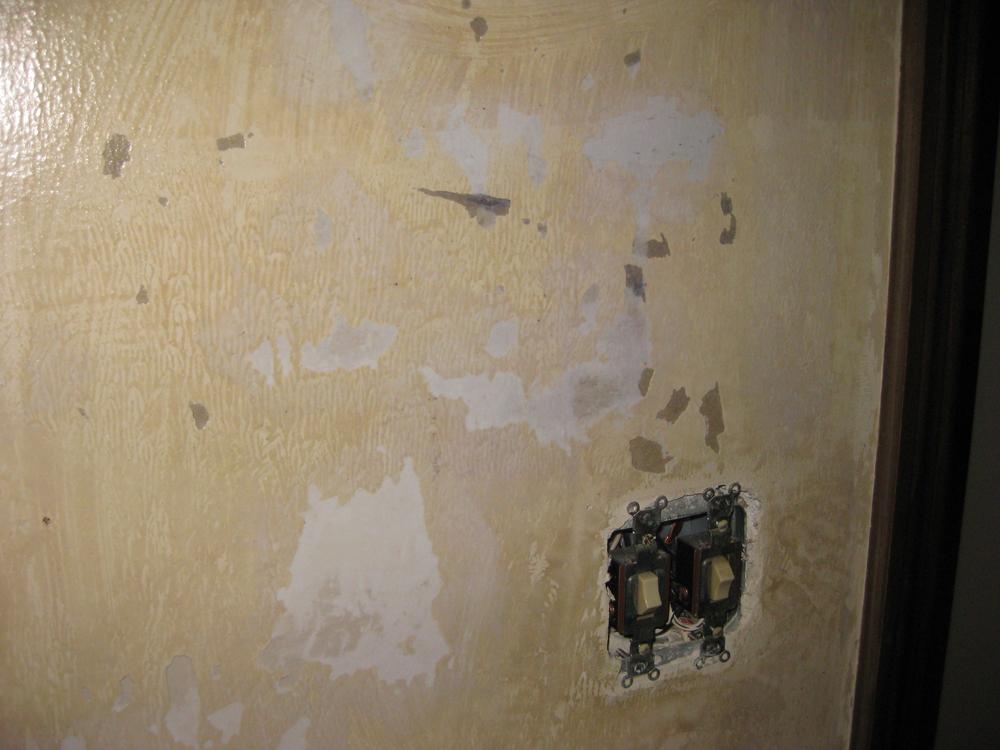 Bathroom Before_0289.jpg