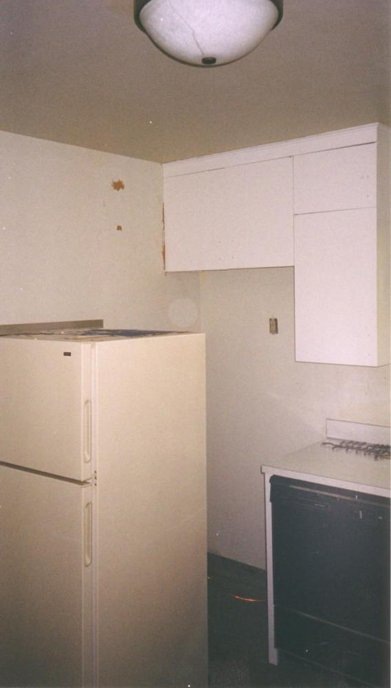 Kitchen After 2004 01.jpg