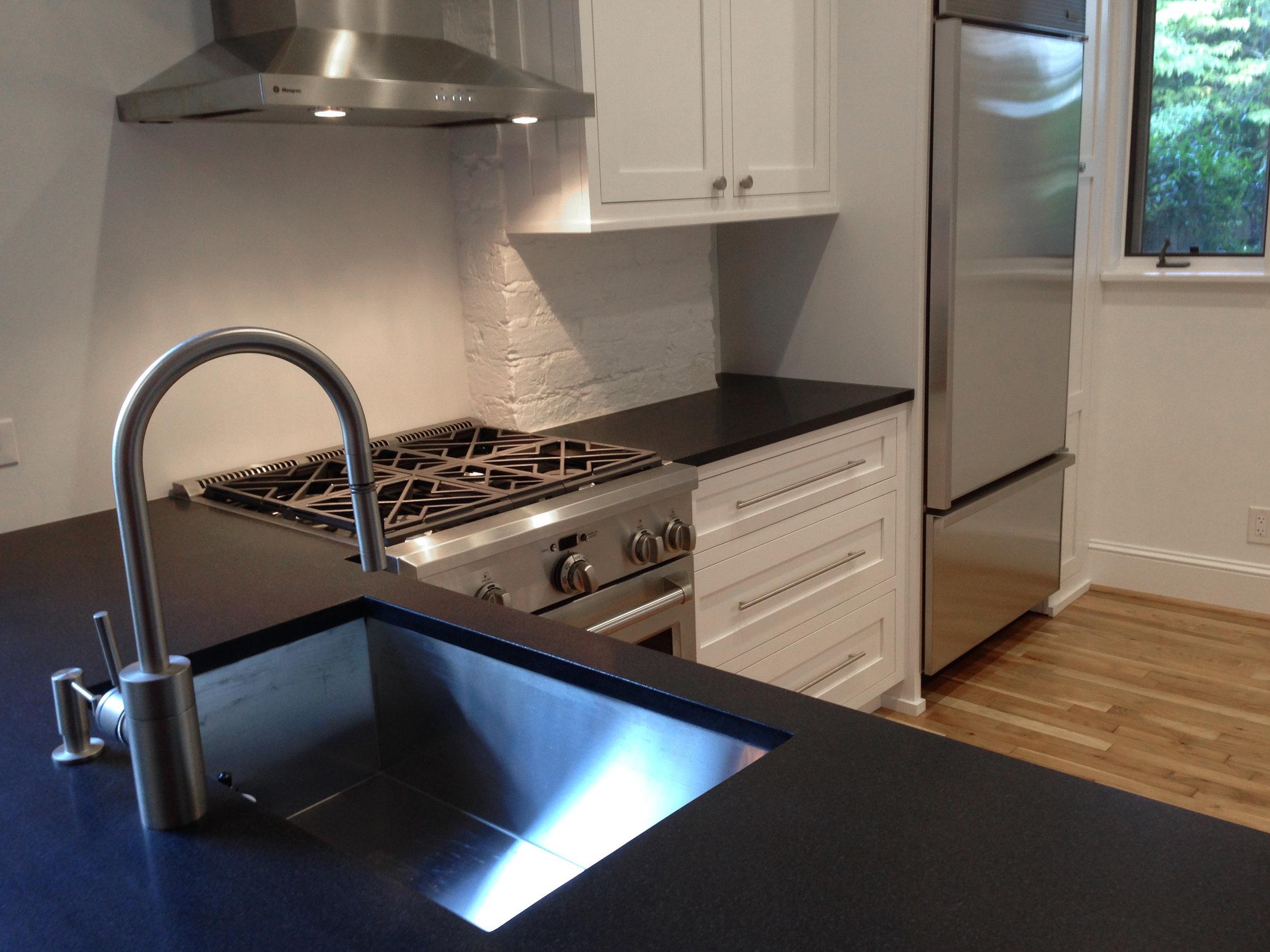 Headley_kitchen2.jpg