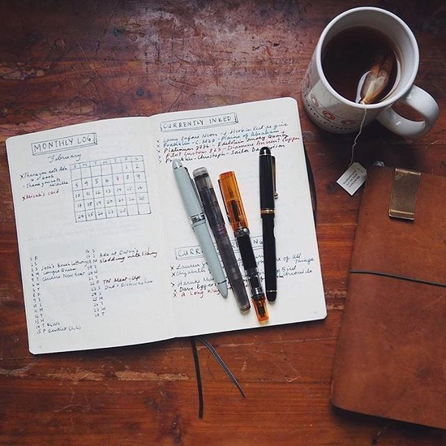 This Saturday we'll be back at @wonderpensstudioshop to build some planners! Want to get yourself sorted for back-to-school or back-to-work? Explore the #bulletjournal method, along with more paper planner systems and find the one that works for you. Link in bio. 📸 @wonderpens 📓🖋📚