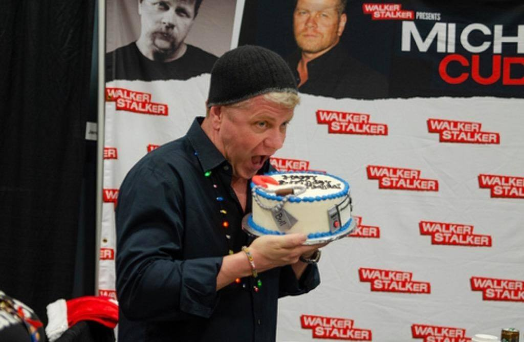 2018 was the second year that i was able to make a cake for michael cudlitz