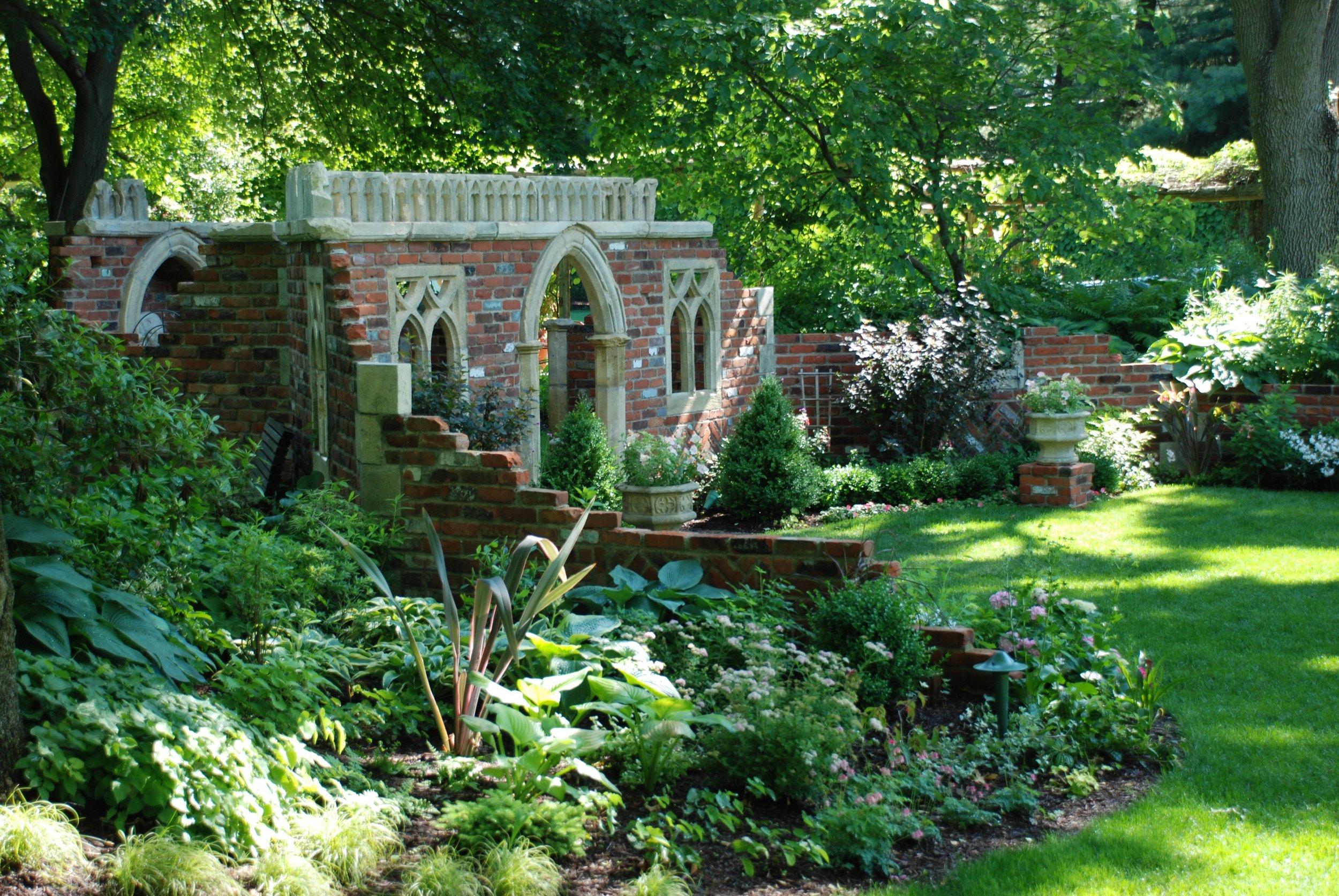 Folly Gardens