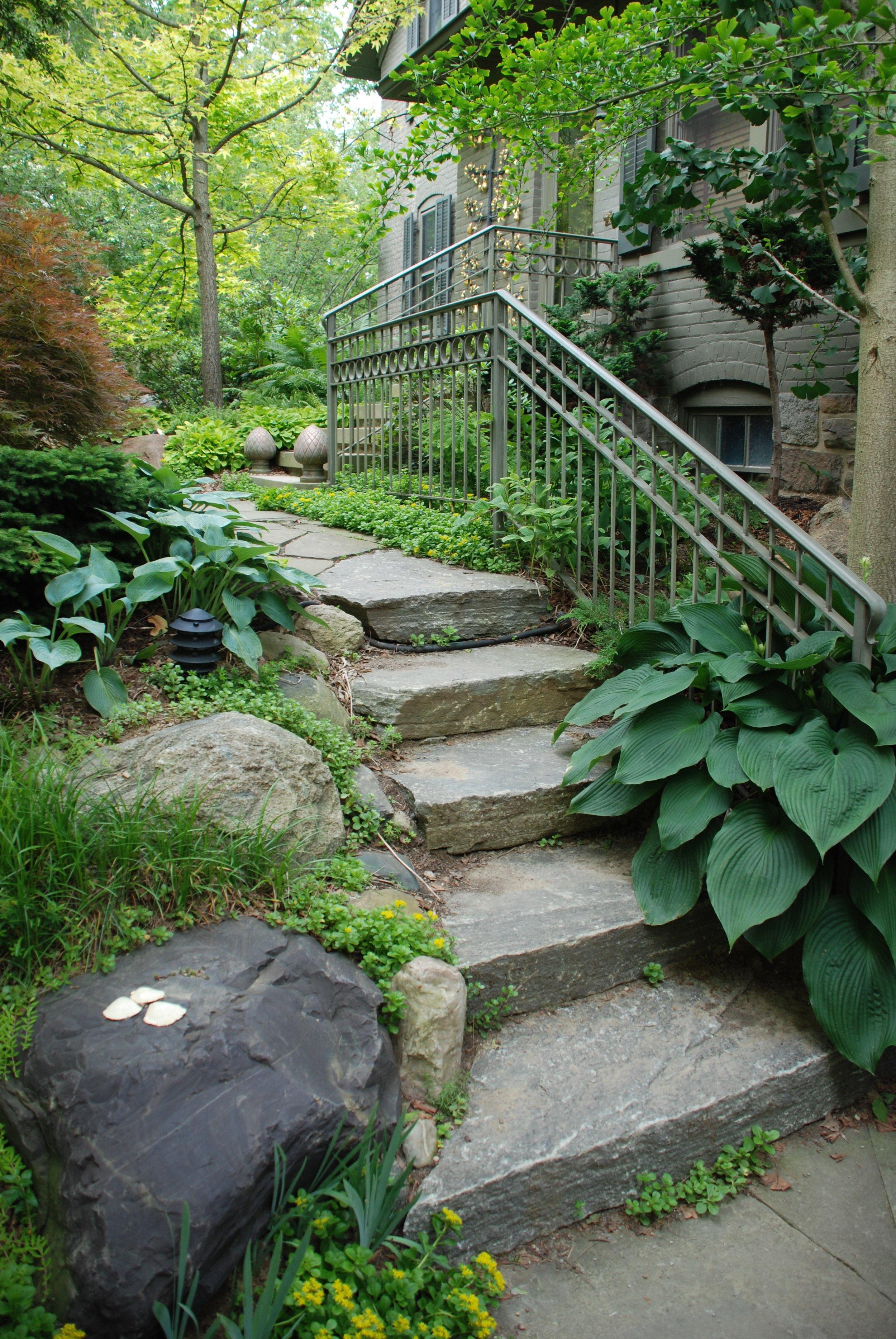 Small Garden Retreats