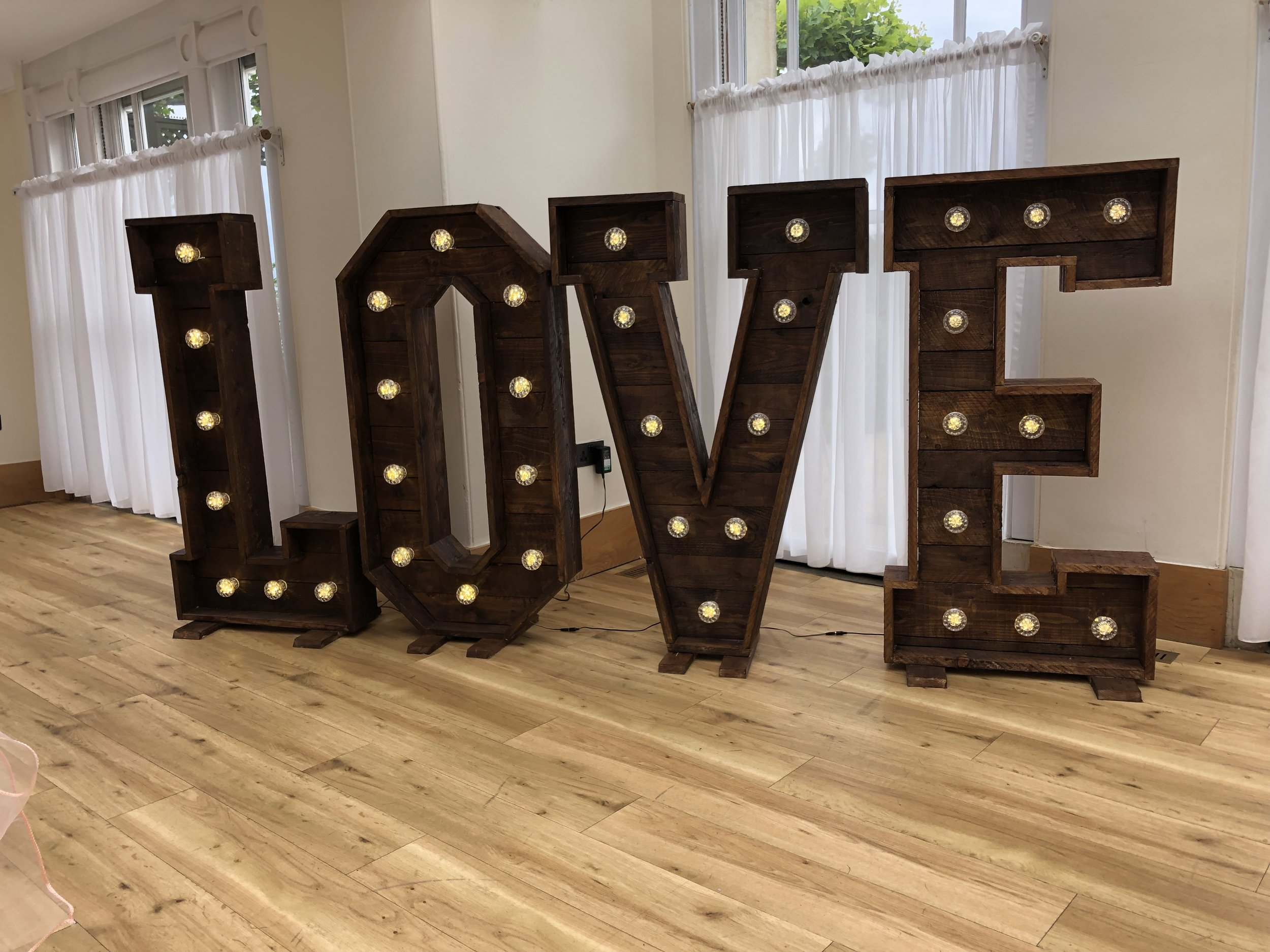 Rustic LOVE letters -