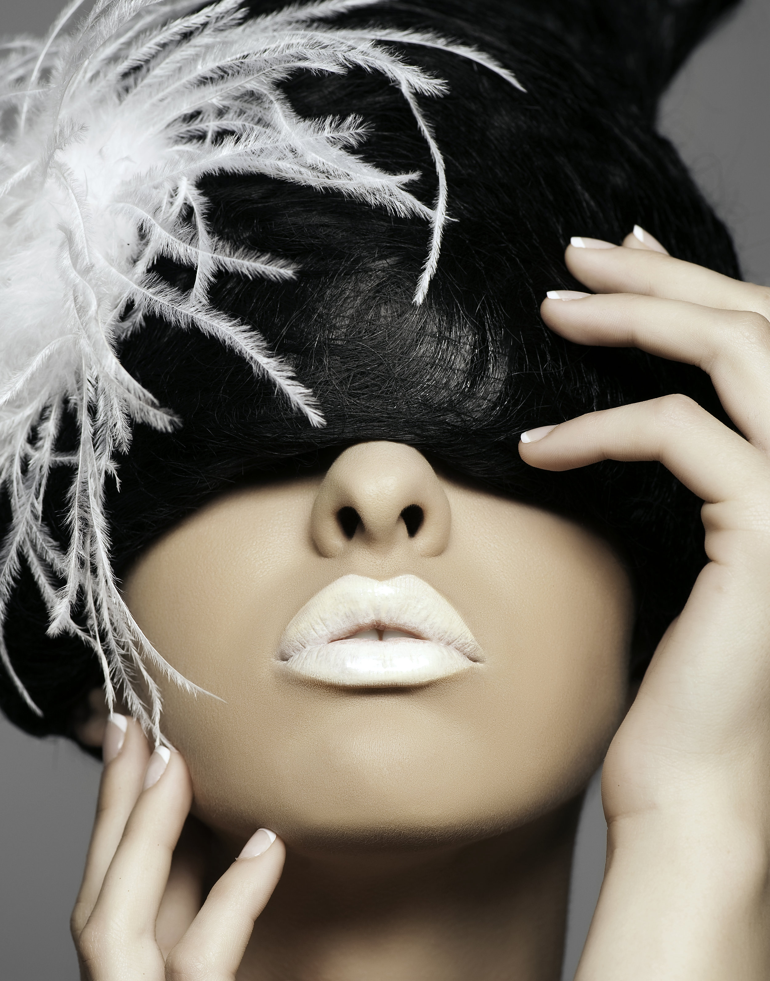 Photography: Roneil chavez  Makeup: Mark Quirimit  Hair: Tuyen Tran
