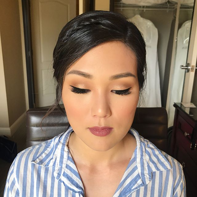 Such a beauty. ❤️ Thank you so much for allowing me to make you up on your wedding day. 😍😍😍 #suchasweetheart #grateful #Jenniferanddavid2018 #makeup #hair #bridal #bridalmakeup #bridalhair #ochairstylist #ocmakeupartist #lahairstylist #lamakeupartist #makeupandhairbyme #nofilterneeded #nofilter #tarte #nars #anastasiabeverlyhills #maccosmetics #lauramercier