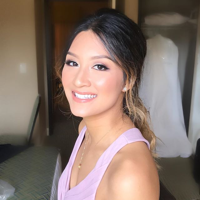 I feel so grateful to be able to work with some of the most amazing artists in the industry. Lucky for me,  @glambykimmyv and I have been working together forever! Love you girl!! Flawless makeup by @glambykimmyv #hairbyme #tuyenttran #loveher #teamworkmakesthedreamwork #grateful #bridal #bridesmaid #weddingday #lovemyjob #lovemyteam #ocmakeupartist #ochairstylist #lamakeupartist #lahairstylist #nofilterneeded #makeup #hair