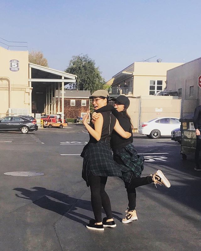 Love this unexpected twinsie moment with my girl @hadeelsittu at work today 😍❤️❤️Love us!!! #sogratefulforyou #lovethisgirl #lovemyjob #bossgirls #glamteam #tko #work #cbsradford