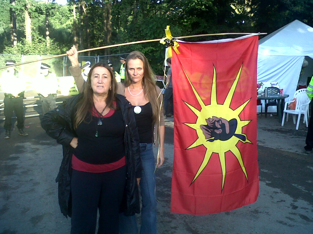 Lynne with fracking activist Vanessa Vine, pledging solidarity with Standing Rock at Susses anti-fracking camp