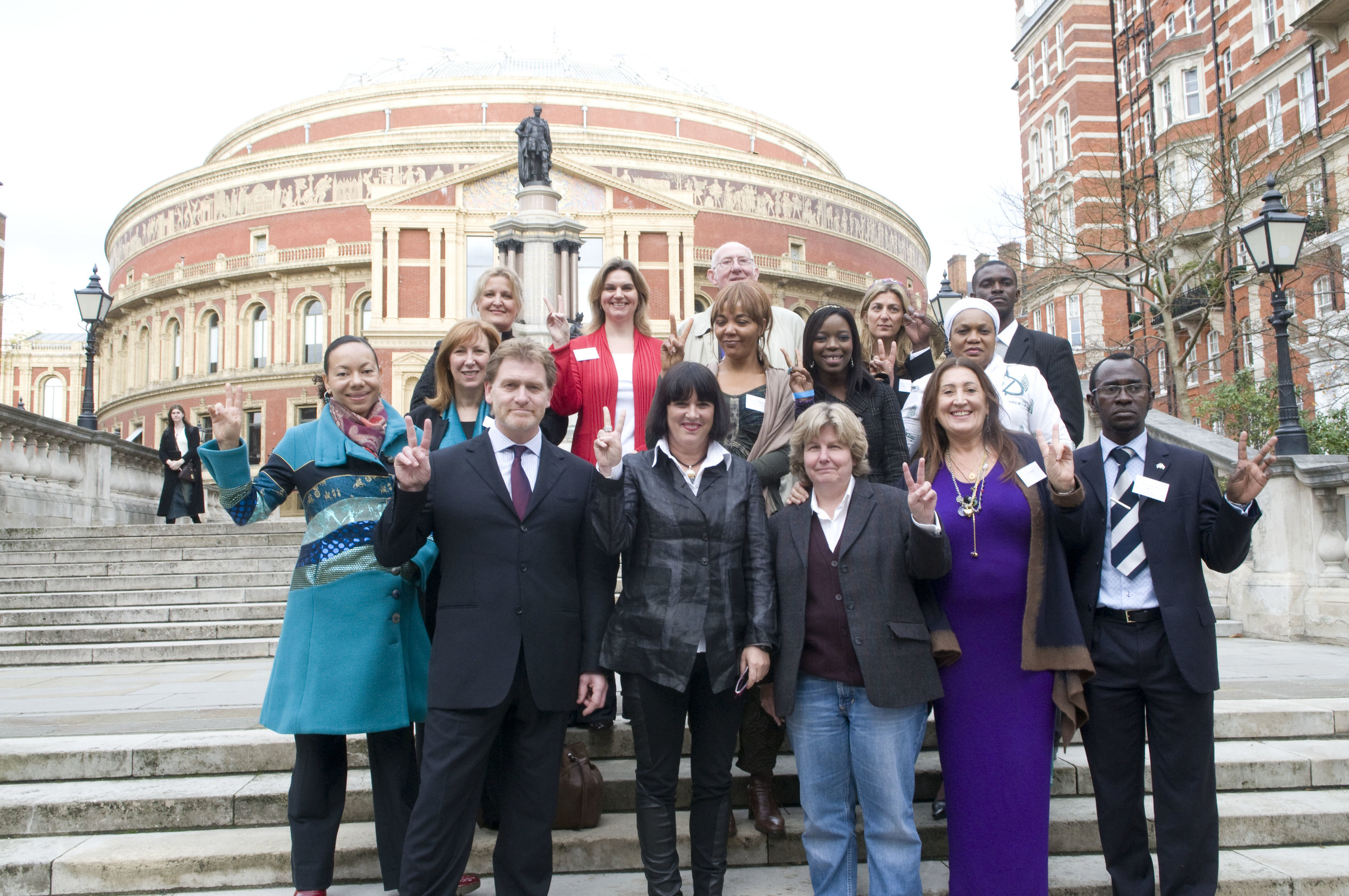 Lynne organises the Press Conference of a Hundred Years of Sexual Violence Against Women of the DRC, at the Royal Albert Hall 2009. With Eve Ensler, Sandi Toksvig, Baroness Oona King and Christine Schuler Deschryver, Director of City of Joy DRC