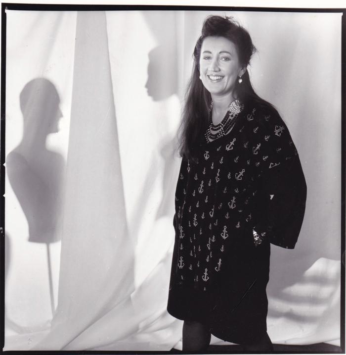 Lynne posing in BodyMap