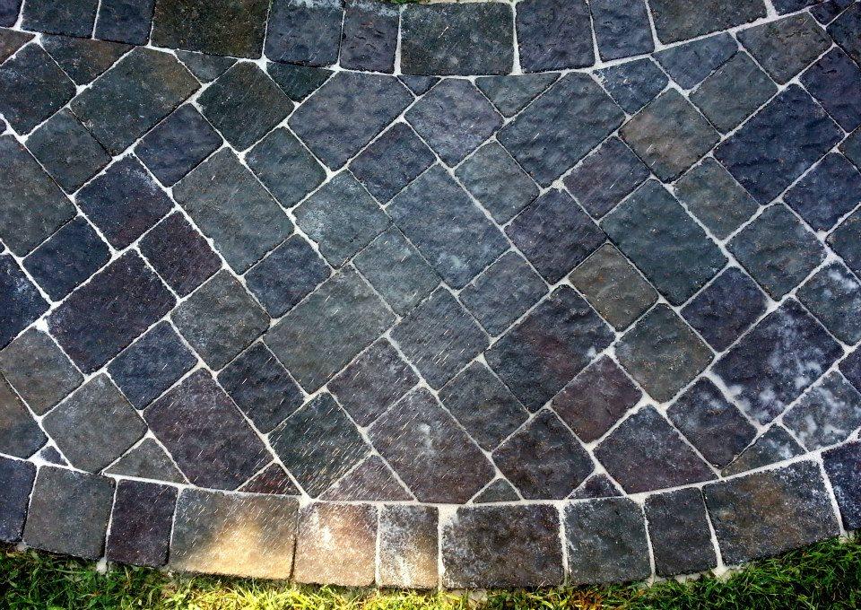 paver sidewalk4.jpg