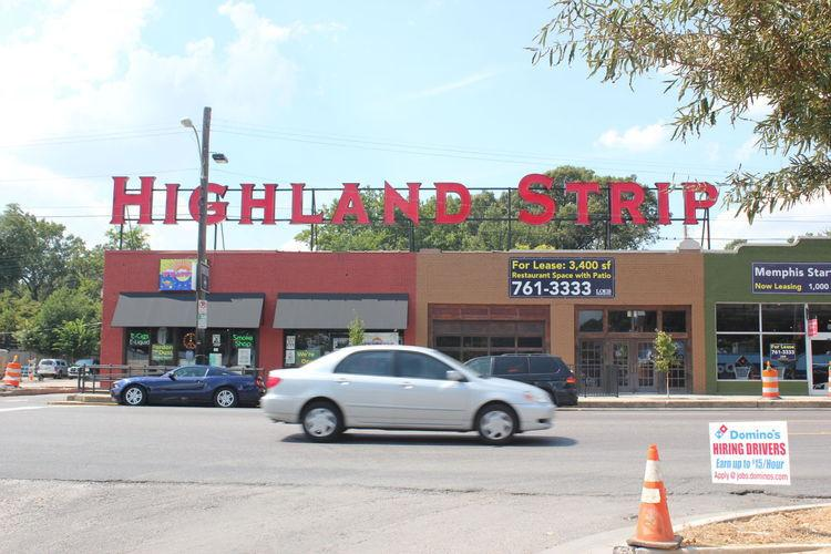 The Daily Helmsman    Coffee shop and pottery studio joins Highland Strip