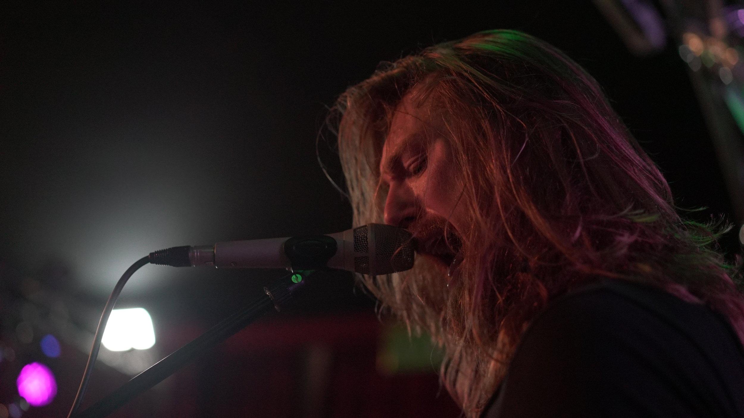 JOE BLANKS - Vocals/Guitar