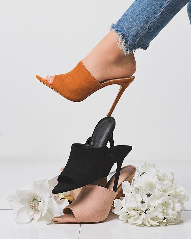 Stack 'em up . . . . . #fashiongram #fashioninsporation #styleinspiration #styleinspo #stylish #editorial #instafashion #FashionFriday #fashion #fashionista #photooftheday #fashionweek #ootd #fashiondiaries #picoftheday #fashionblogger #instastyle #lookbook #shoeporn #heels #shoeaddict  #shoelover#womenshoes #womenfashion #canon #photography #editorialphotography #productphotographh #lolababe #misslola
