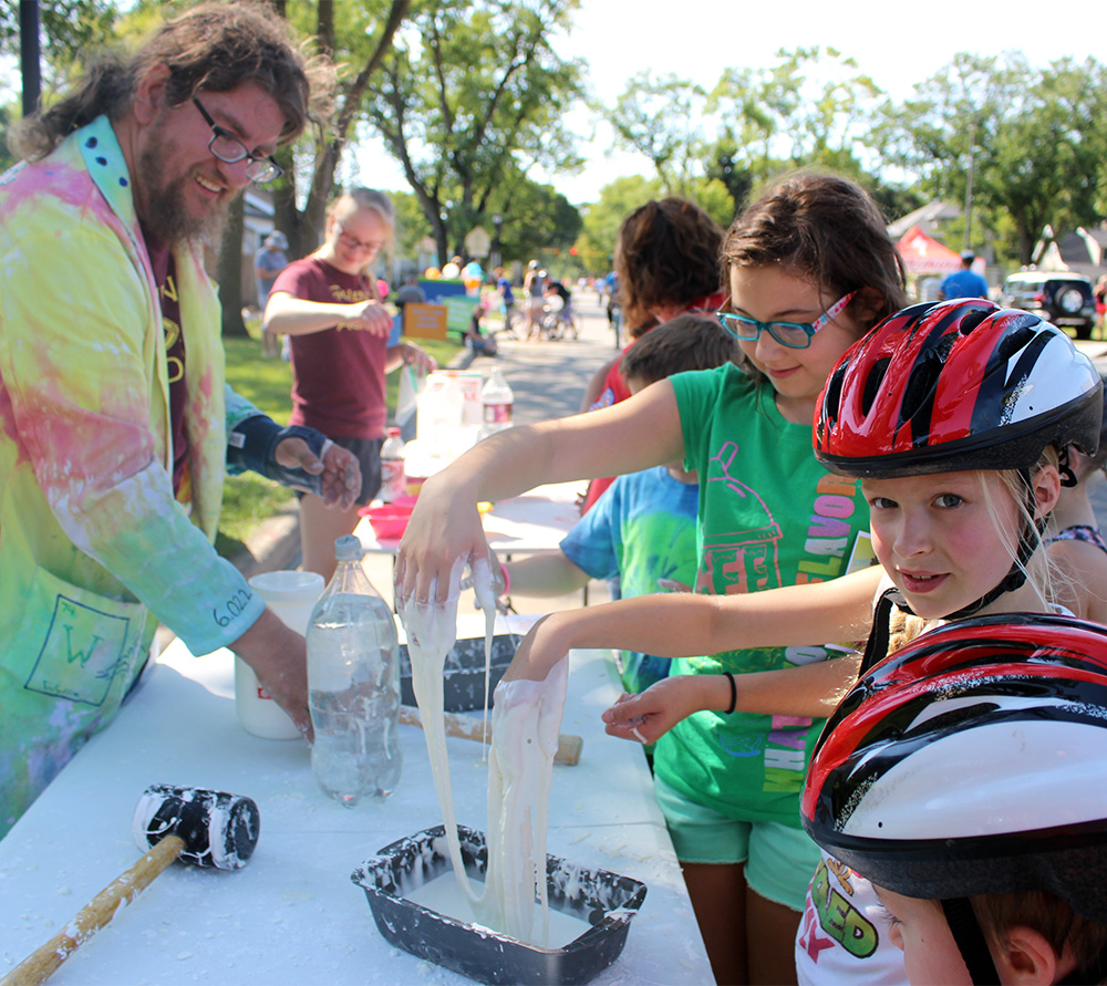 PROVIDE AN ACTIVITY - Give kids a fun active play and/or healthy eating opportunity!