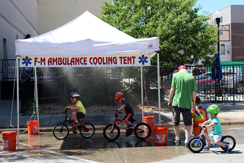 Cooling tent.jpg