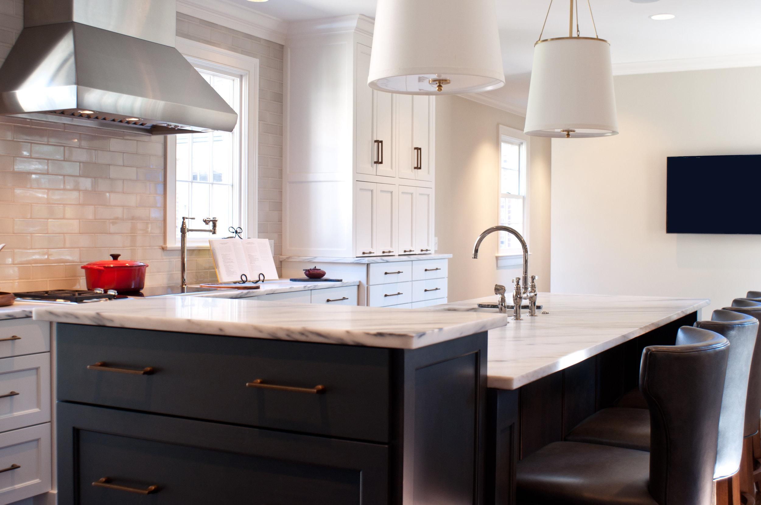 Transitional+Barrett+Kitchen+1.jpg