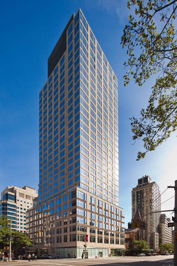 The Laurel, East 67th Street  - New York City, New York (photo via  Street Easy )