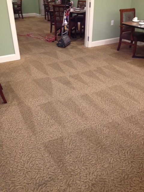 maint carpet cleaning pics...jpg