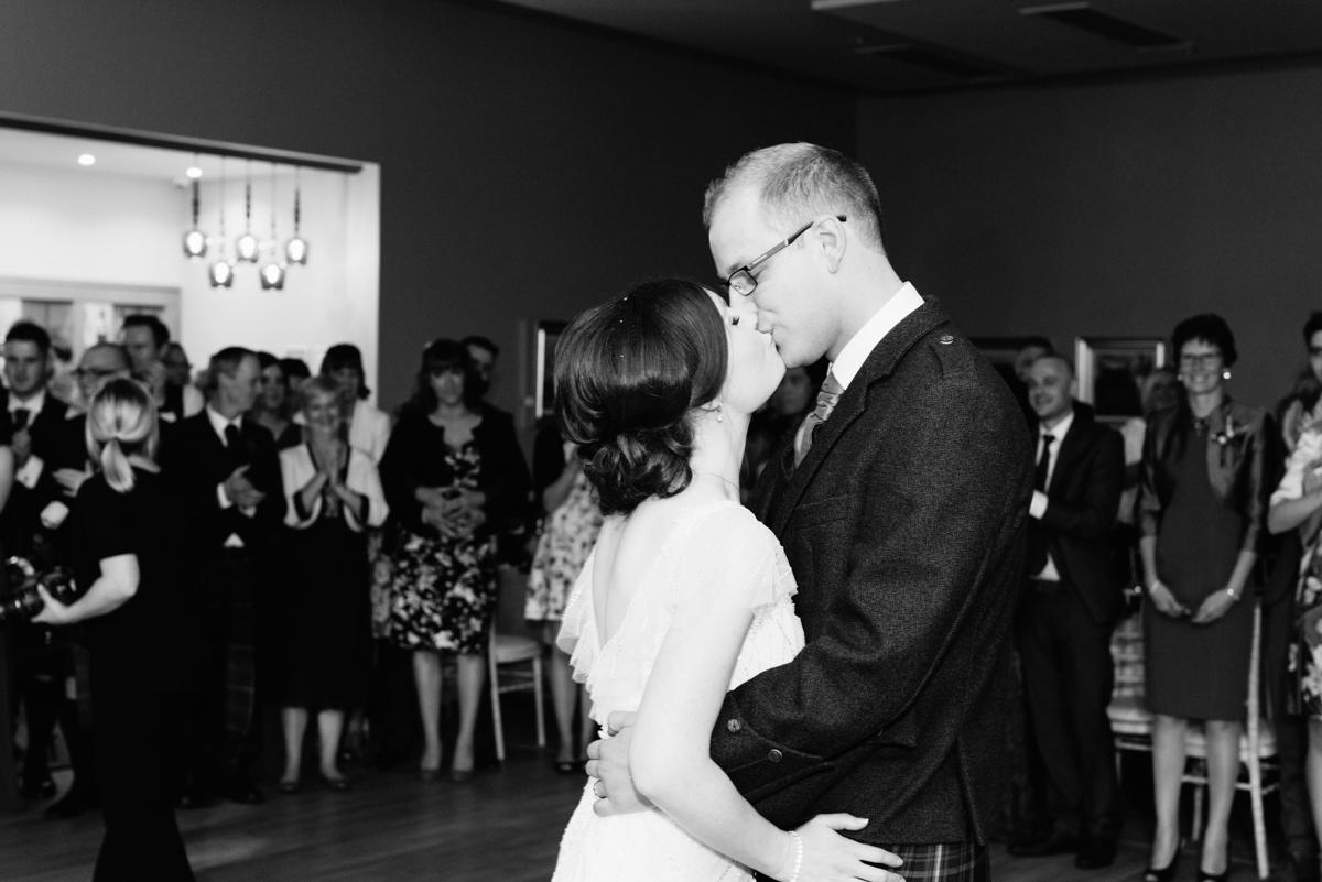 DanLaura_wedding_094.jpg