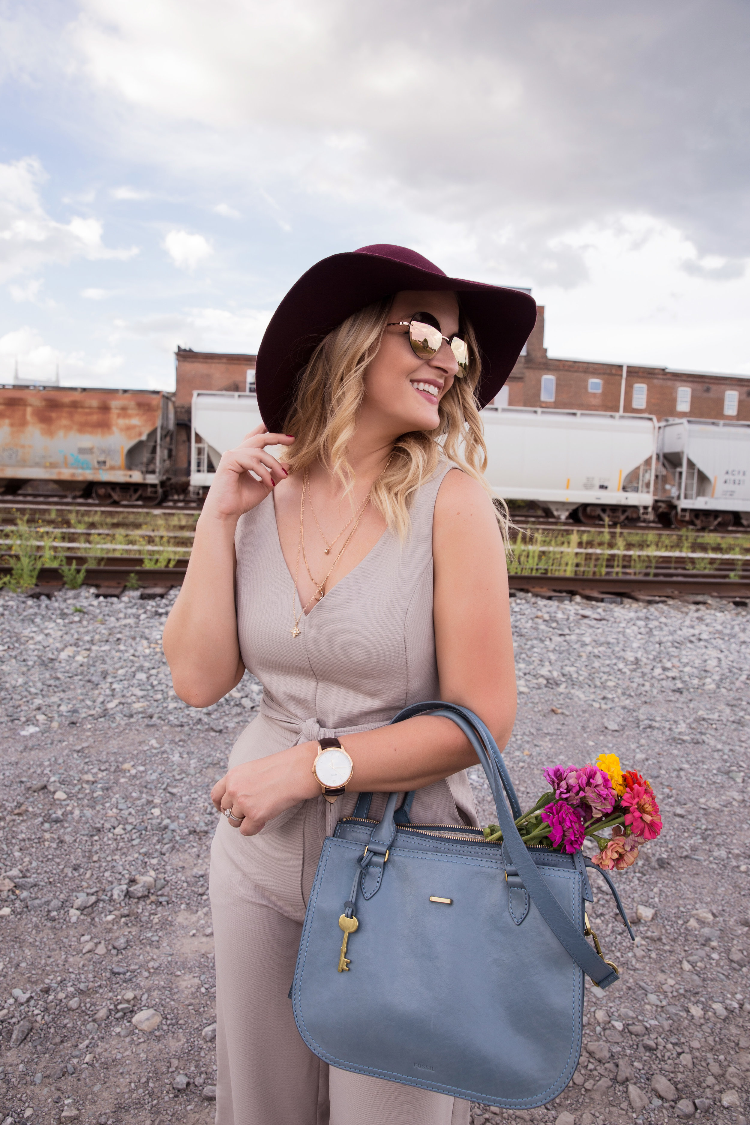Breezy and Brazen - I'm Laura, a Nashville resident by way of West Michigan. Breezy and Brazen is where I share my personal style, travels, favorite eats, and affinity for everything Music City.