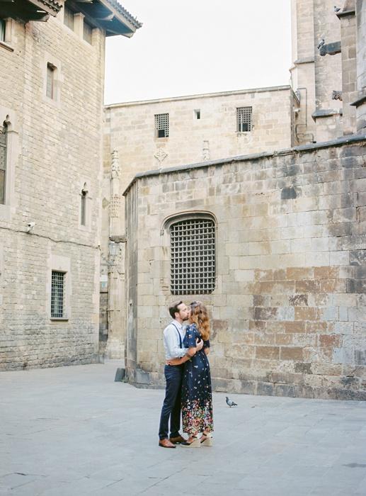 gothic-quarter-barcelona-engagement-wedding-photographers-camilla-cosme-photography_0008.jpg