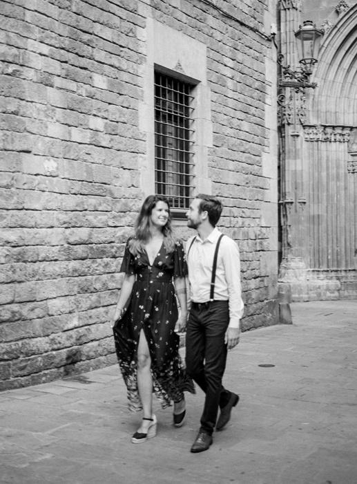 gothic-quarter-barcelona-engagement-wedding-photographers-camilla-cosme-photography_0011.jpg