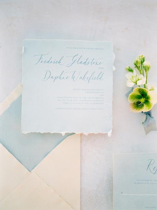 11-elopement-photographer-in-santorini-camilla-cosme-photography.jpg