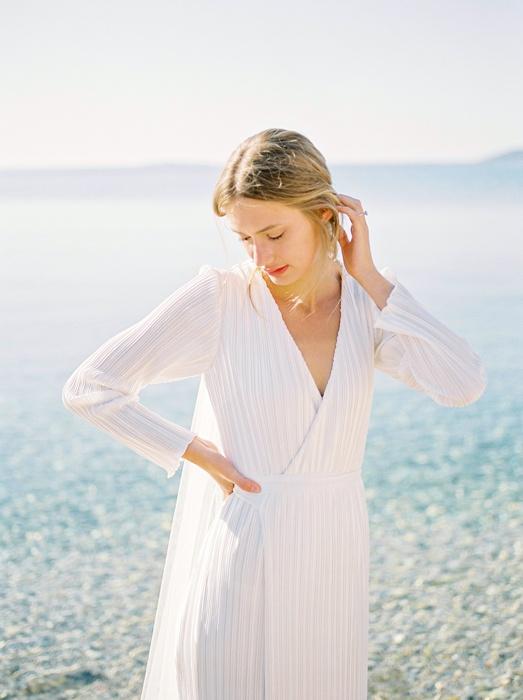 15-elopement-photographer-in-mykonos-greece-camilla-cosme-photography.jpg