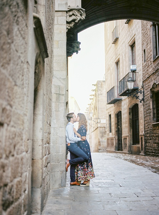 Couple session at Gothic Quarter Barcelona