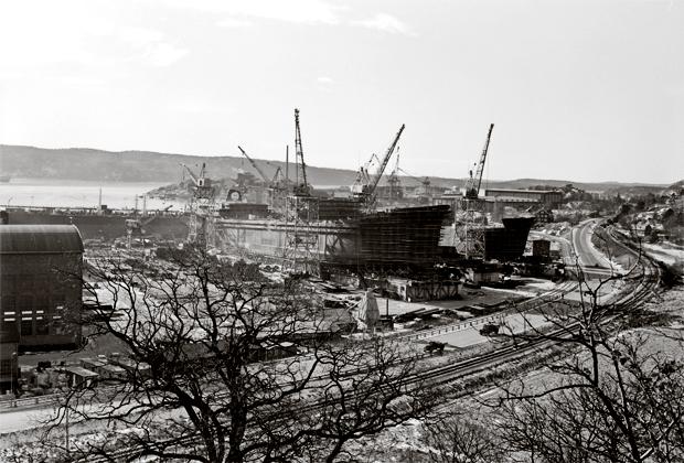 När Uddevallavarvet lades ned 1984, stadens största företag genom tiderna, var det slutet på ett företag som präglat och format staden i många år. Bohusläns museum visar en mindre utställning om delar av Uddevallavarvets verksamhet.