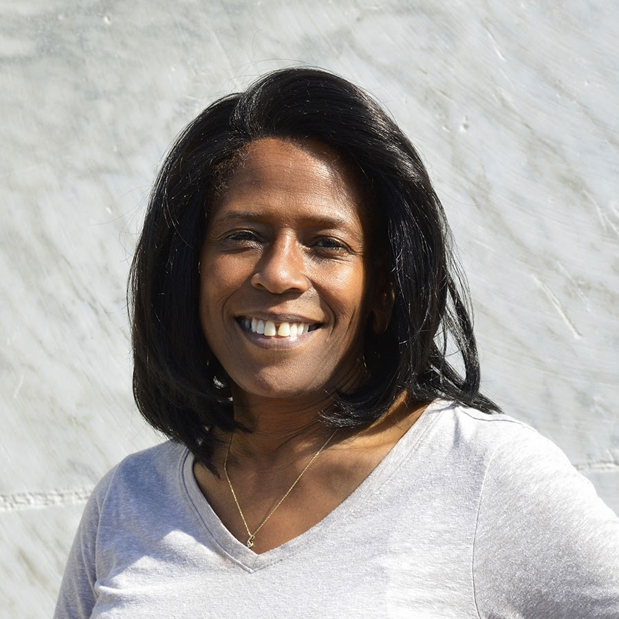 Louise Cabral, Admin. Assistant & Volunteer Coordinator