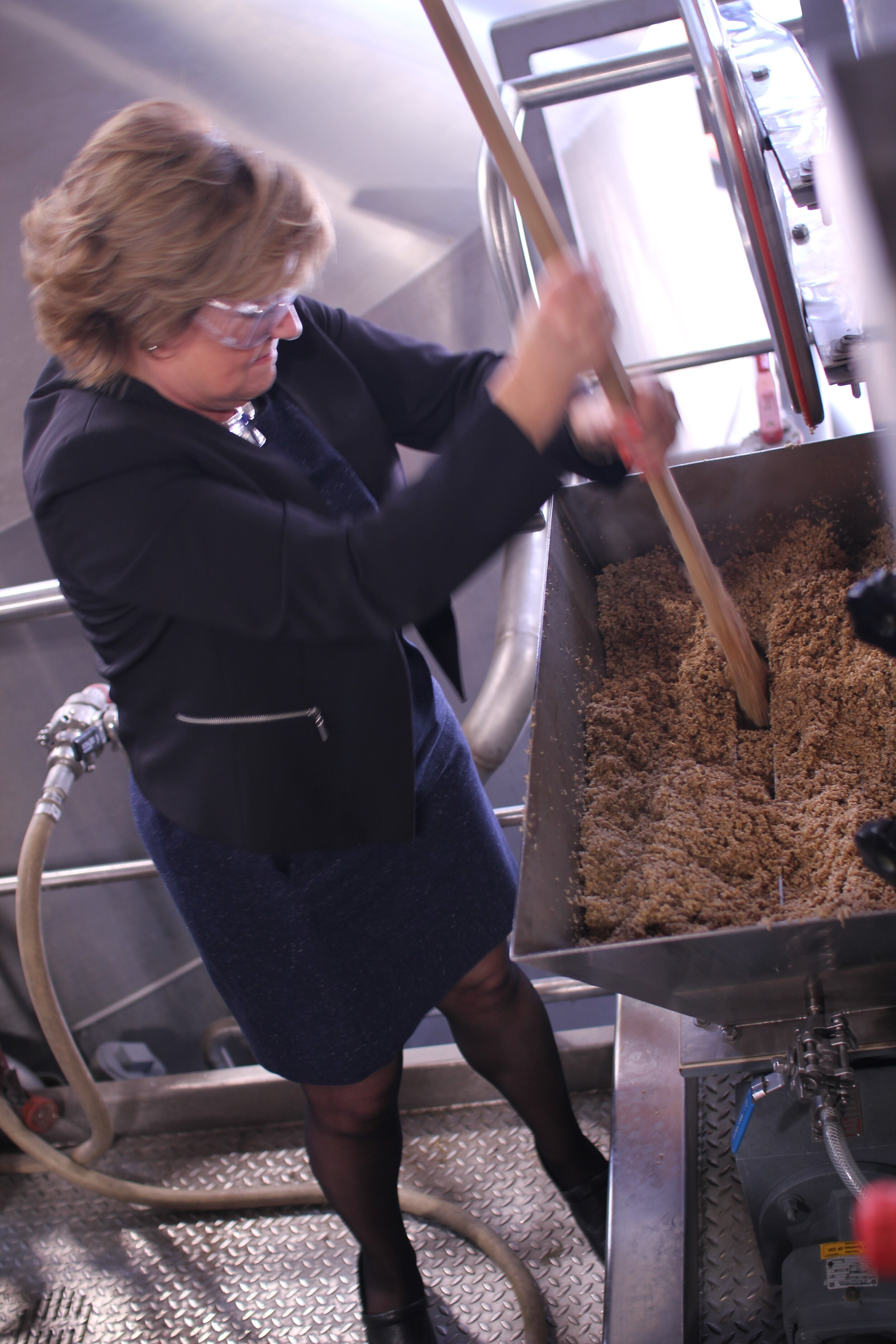 Susan mixing hops.jpg