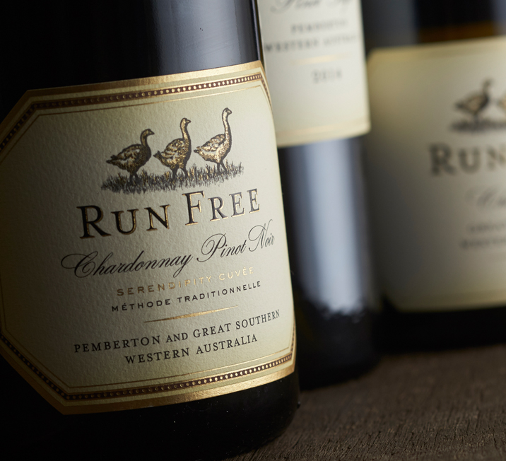 Run Free Sparkling Wine Label Design