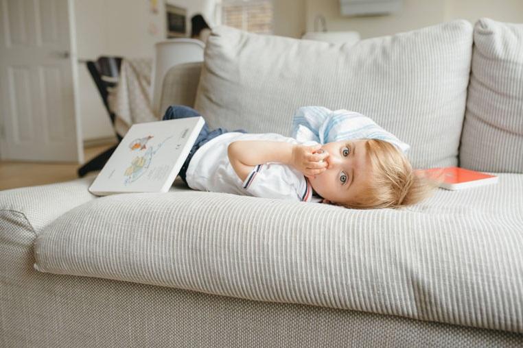 Baby-tummy-couch-book.jpg