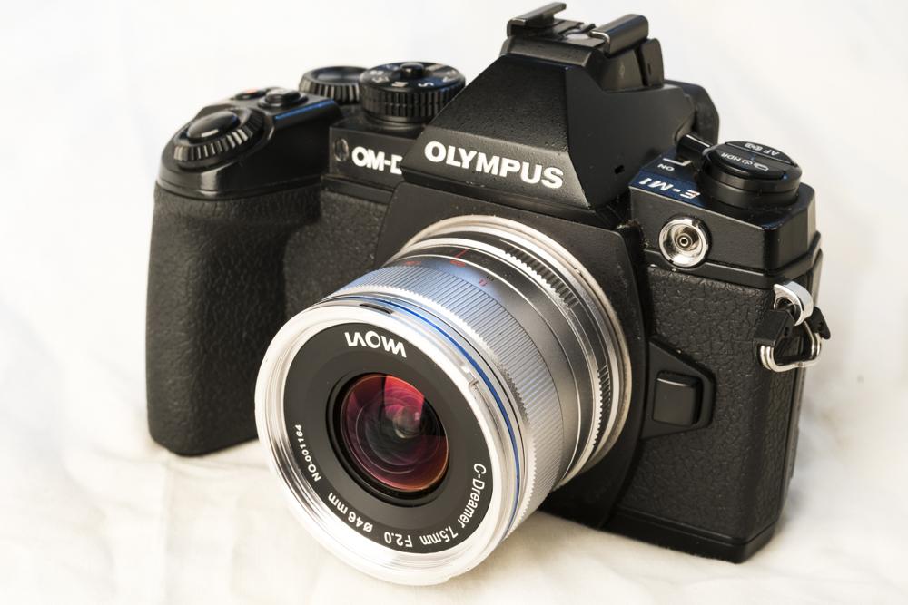 laowa 7_5mm f2 product 1.jpg