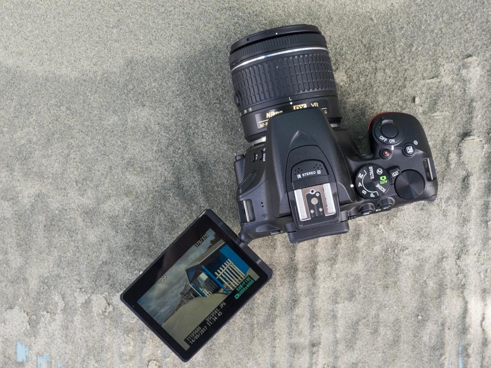 nikon d5600 product images web 05.jpg