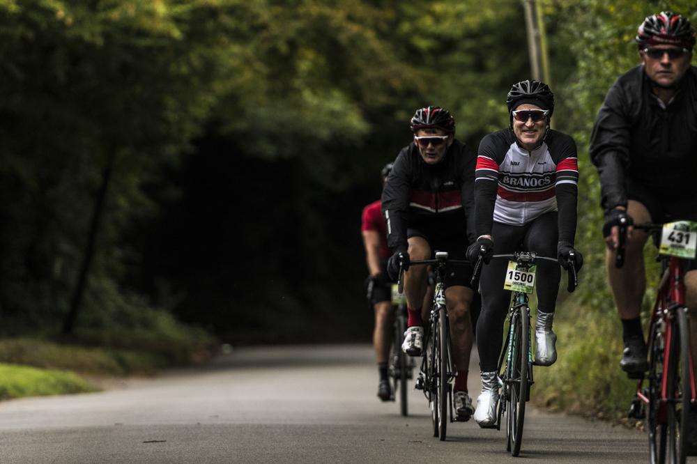 nikon d850 action cycling for blog 08.jpg