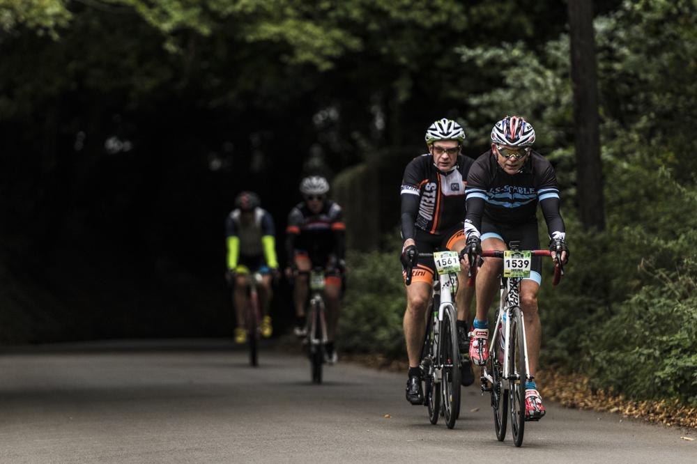 nikon d850 action cycling for blog 07.jpg