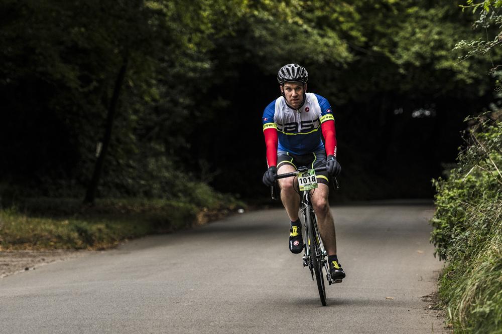 nikon d850 action cycling for blog 02.jpg