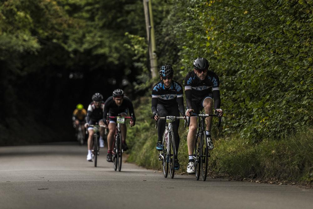 nikon d850 action cycling for blog 01.jpg
