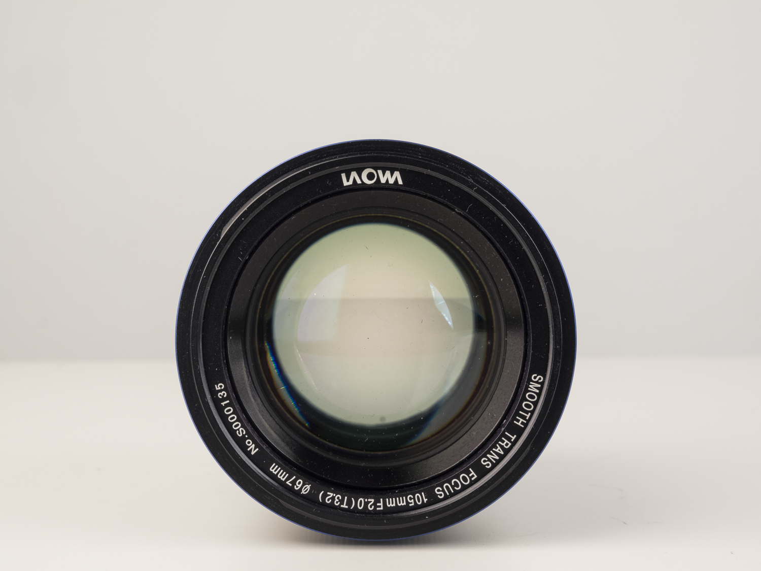 laowa 105mm f2 STF lens product images 04.jpg