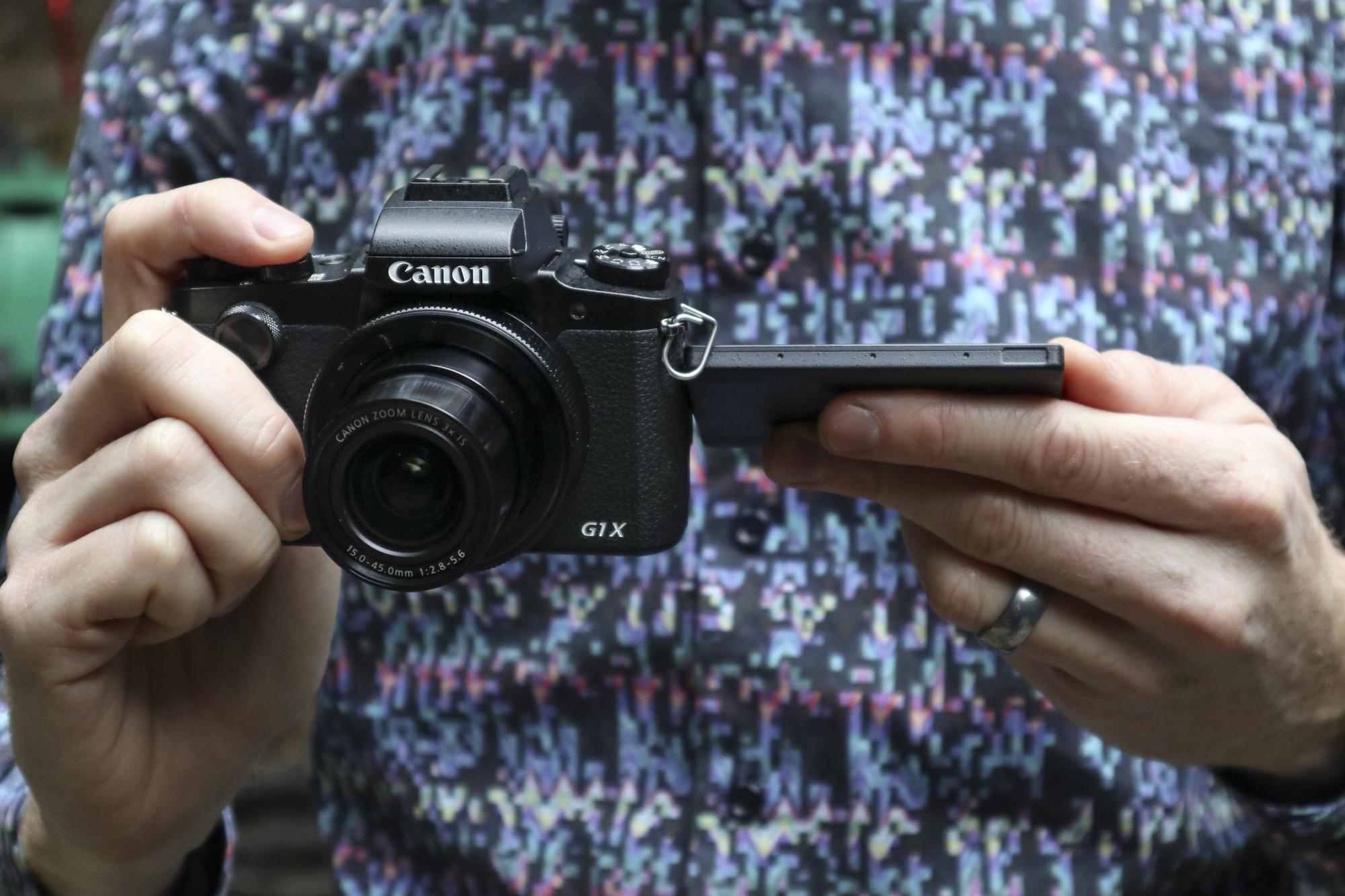 canon powershot g1x iii product images 02.jpg