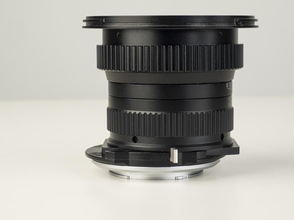 laowa 15mm f4 TS lens product shots web 02.jpg