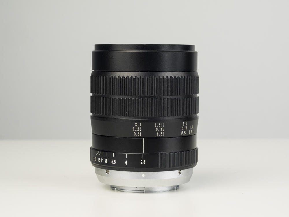 laowa 60mm macro product images web 06.jpg