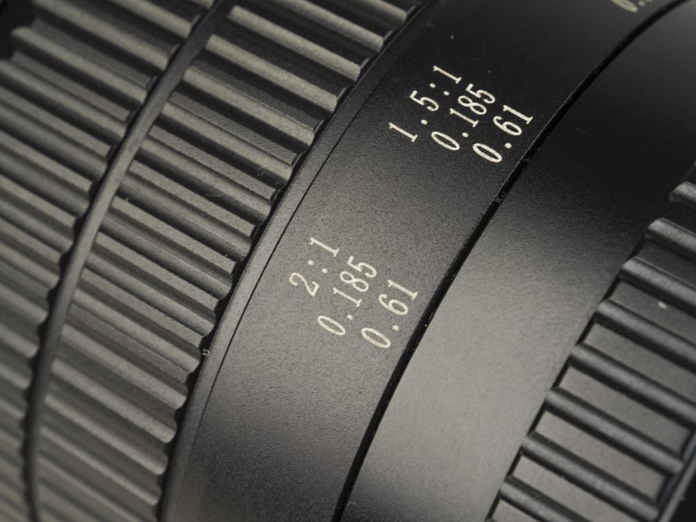 laowa 60mm macro product images web 05.jpg