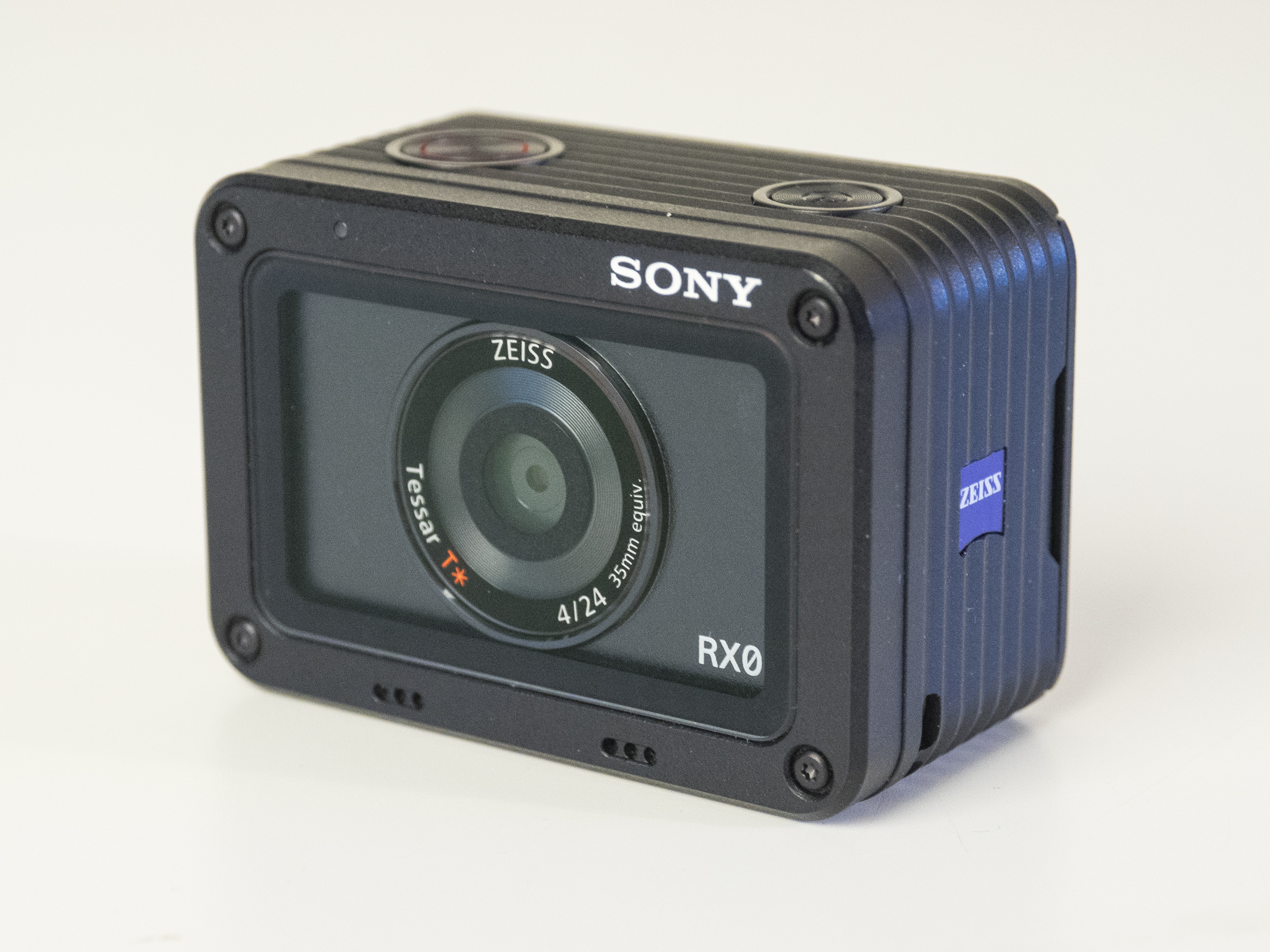 sony rxo product images 19.jpg