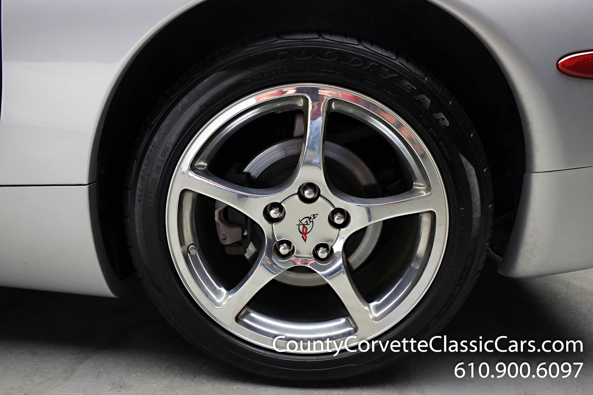 2002-Corvette-Coupe-5.jpg