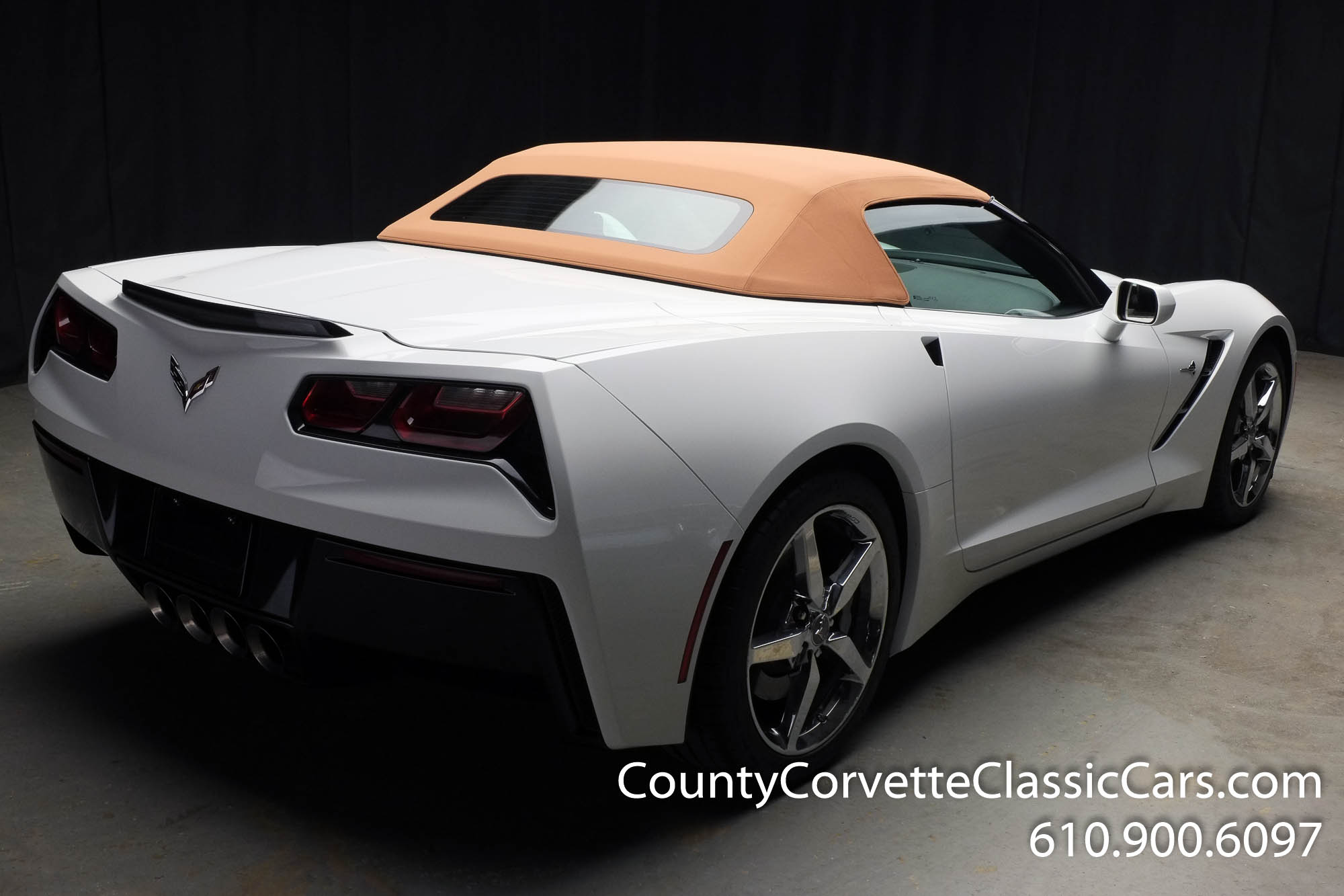 2014-Corvette-Stingray-Convertible-26.jpg